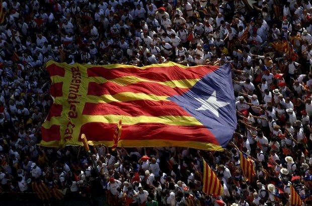 Katalonya referandumu için çalışanlara para cezası!