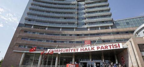 CHP'de 'Irak referandumu' istifası