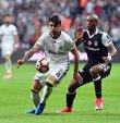 Spor yazarı ve eski FIFA kokartlı hakem Ahmet Çakar, haftanın mücadelesi olan Fenerbahçe-Beşiktaş maçını değerlendirdi