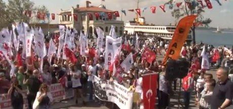 """Kadıköy'de """"Atatürksüz Eğitime Hayır"""" mitingi"""