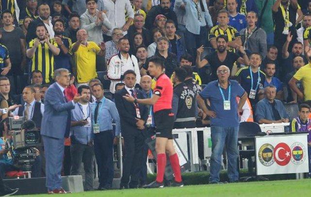 Beşiktaş yöneticisi Şafak Mahmutyazıcıoğlu, Mahmut Uslu'yu dava edeceklerini söylerken TFF'yi suçladı