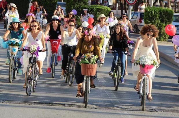 'Süslü Kadınlar Bisiklet Turu'na ilgi