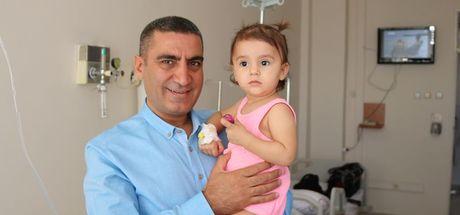 Elazığ'da 1.5 yaşındaki çocuğun karnından 10 santimlik kist çıktı!