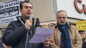 Gazeteci Kadri Gürsel tahliye edildi