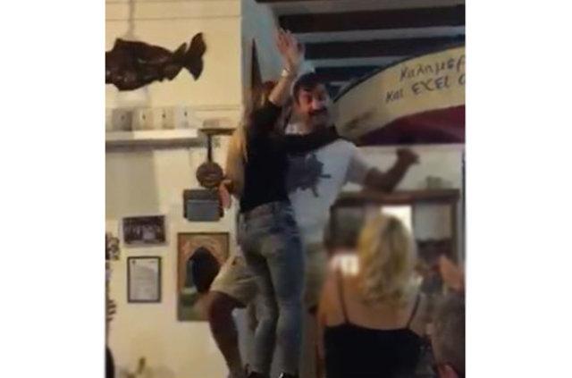 Hakan Bilgin'in masa dansı