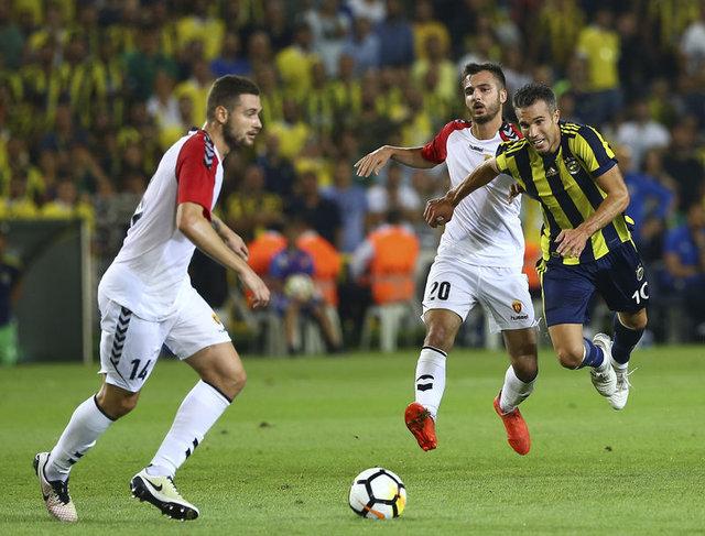 Fenerbahçe Eljif Elmas'ı bekliyor