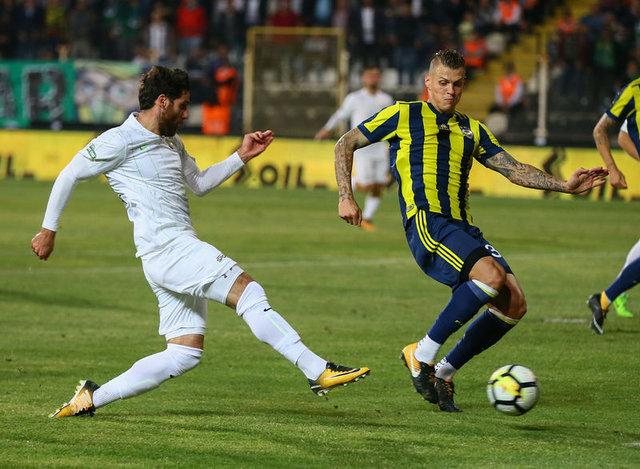 """HTSPOR yazarı Bülent Yavuz, Akhisarspor-Fenerbahçe karşılaşmasını değerlendirdi - """"Alper Potuk'un atılması kurallara uygun değil"""""""