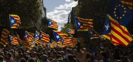 İspanya'da Katalanlar bugün sandığa gidiyor