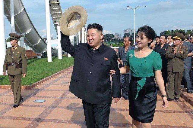 Kim Jong Un'un eşi Ri Sol Ju hakkında bilinmeyenler!