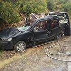 Artvin'de otomobilin üzerine kaya düştü! 3 ölü, 1 yaralı