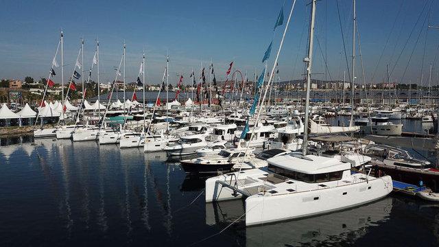 Boat Show'un ilk gününde 15 milyon euroluk tekne satıldı