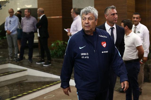 Türkiye İzlanda maçı 11'i belli oldu