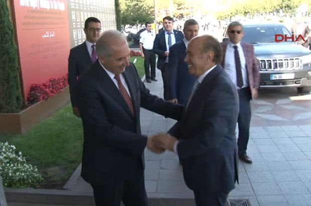 Topbaş'tan yeni başkana 'hayırlı olsun' ziyareti