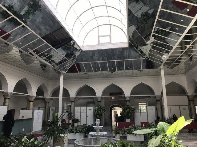 Mihrimah Sultan Camii Medresesi'nin tavanı aynalarla kaplandı