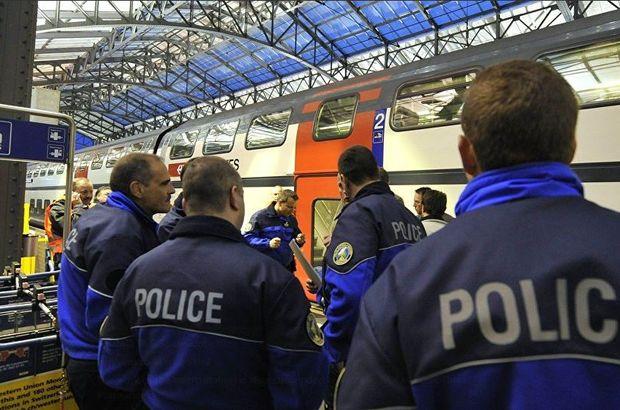 İsviçre Lozan'da metro istasyonunda şüpheli paket