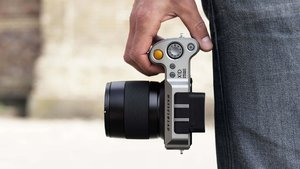 9 bin dolarlık kamera mı iPhone mu?