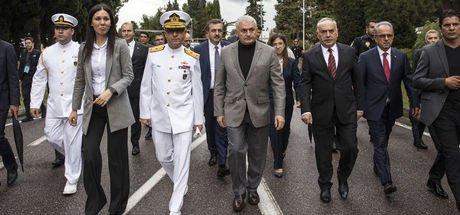 Başbakan Binali Yıldırım, askerlik yaptığı birliği ziyaret etti