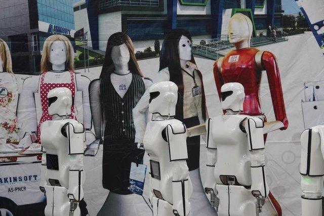 Milli insansı robot fabrikası açıldı
