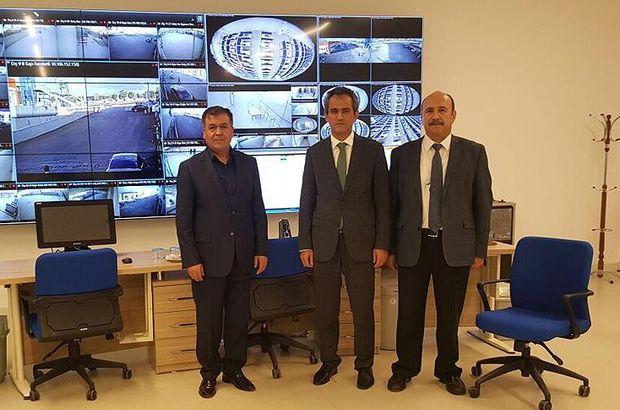 ÖSYM Başkanı Özer, Esenboğa e-Sınav Merkezi'ni inceledi