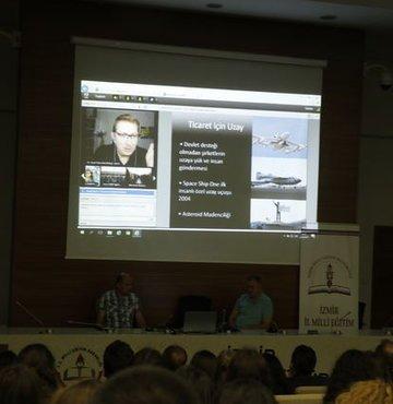 NASA'dan canlı bağlantıyla İzmir'deki öğrencilere uzay dersi