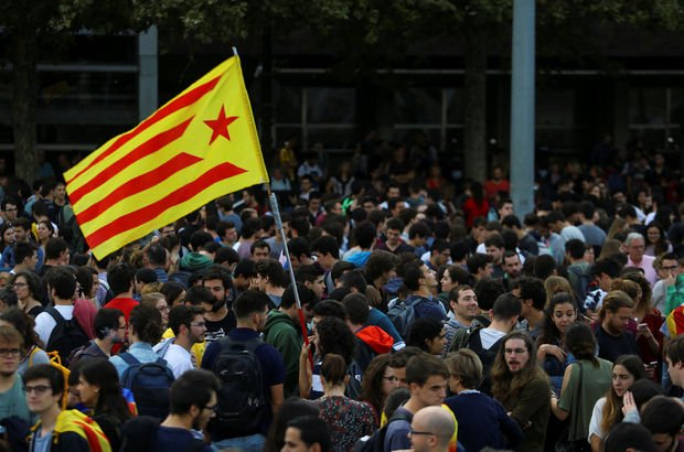 İspanya Anayasa Mahkemesi referandum yasasını hükümsüz ilan etti!