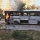 MERSİN'DE POLİS SERVİS ARACINA BOMBALI SALDIRI