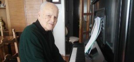 Çocuk şarkılarının ünlü bestecisi Erdoğan Okyay hayatını kaybetti