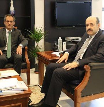 YÖK Başkanı Saraç ÖSYM Başkanı Özer'le görüştü