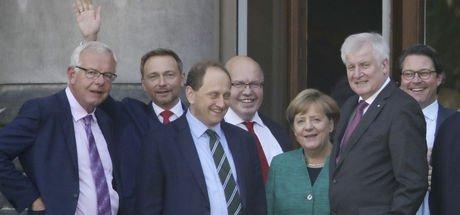 Almanya'da 'Jamaika' ön görüşmeleri başladı