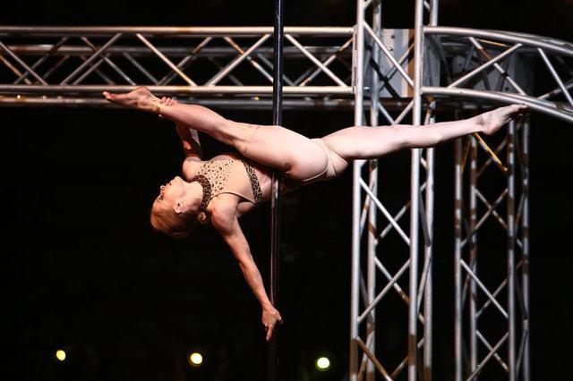 11 yıllık mücadeleden sonra direk dansı spor olarak kabul edildi!