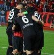 TFF Tahkim Kurulu, Eskişehirspor, Balıkesirspor Baltok, Karşıyaka ve Mersin İdmanyurdu kulüplerinin puan silme cezalarını onadı