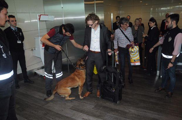 Atatürk Havalimanı'nda Avusturyalı yolculara köpekli arama