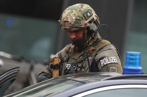 Son Dakika... Münih'te bıçaklı saldırı! Yaralılar var...