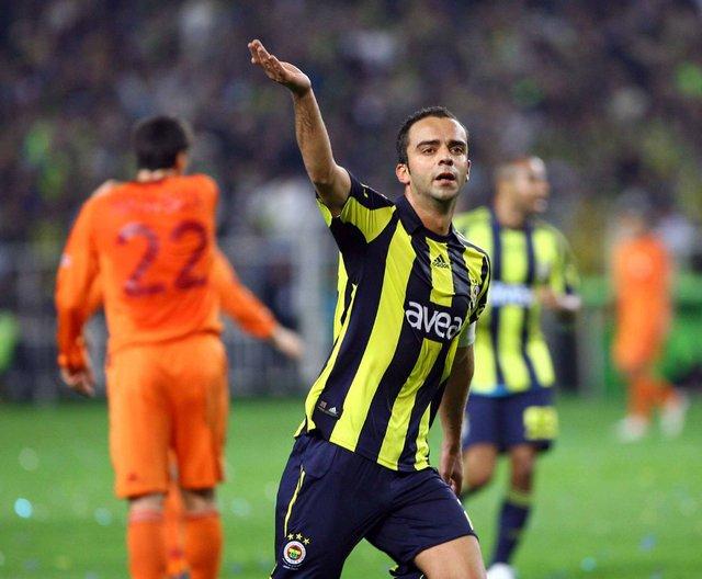 Galatasaray zirvedeyken Fenerbahçe kazanıyor