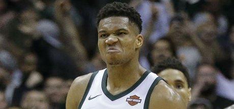 NBA'de gece maçlarına Antetokounmpo damga vurdu!