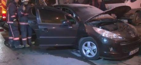 İstanbul Güngören'de park halindeki otomobil kundaklandı
