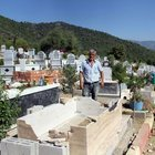 Mezarlığa gelen aile büyük şok yaşadı! Gözyaşlarına boğuldular