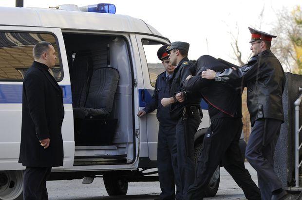Rus haberciye bıçaklı saldırı!