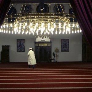 ALMANYA'DA 6 İMAM HAKKINDAKİ TUTUKLAMA TALEBİ REDDEDİLDİ