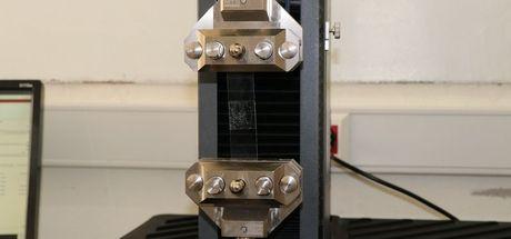 Bilim insanları ışıkta donan doku yapıştırıcısı üretti