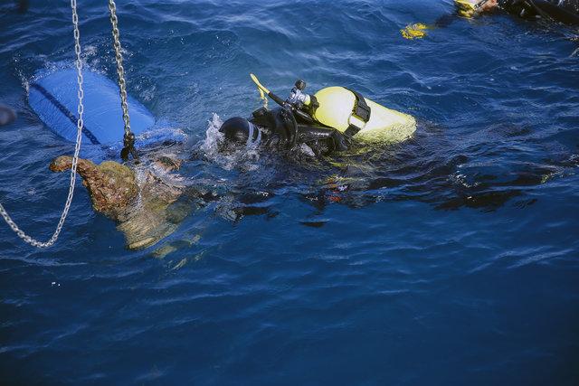Deniz altındaki Osmanlı yapımı toplar gün yüzüne çıkarılıyor