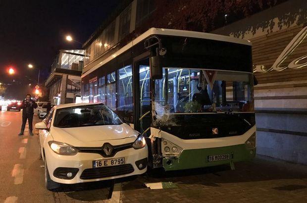 Bursa'da otomobil otobüse çarptı: 2 kişi yaralandı