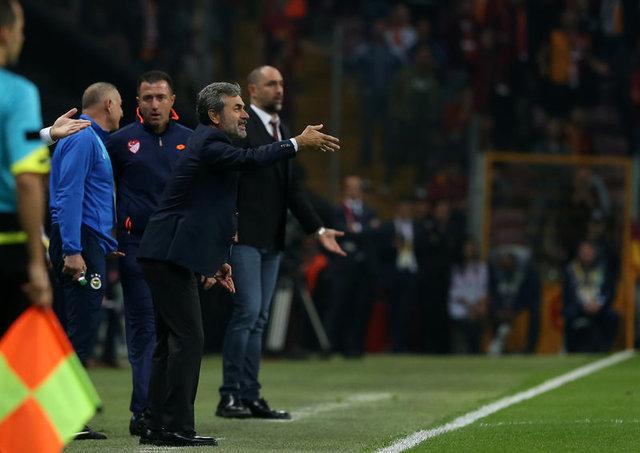 Hıncal Uluç'tan 'Arda Turan futbolu bırakacak' iddiası