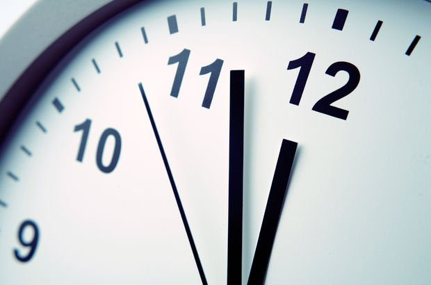 Yaz saati kalkıyor mu? Saatler geri alınacak mı? Yaz saatine geçilecek mi?