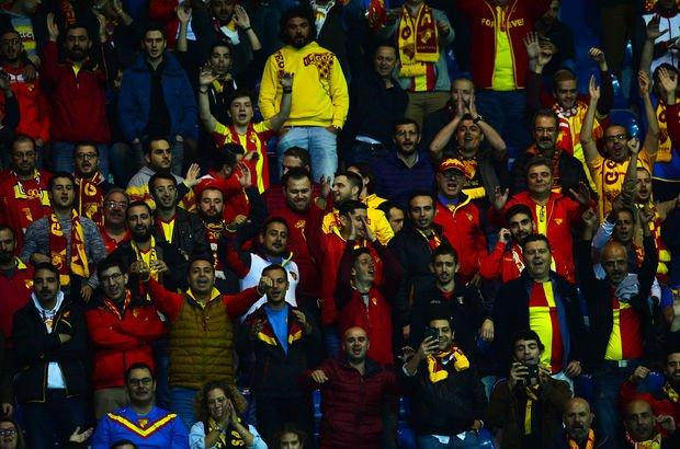 Kasımpaşa-Göztepe maçında dostluk rüzgarı esti