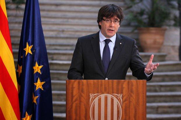 Son dakika! Görevden alınan Katalan lider Carles Puigdemont'tan ilk açıklama!
