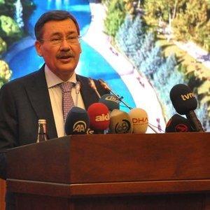 """""""LİDERİMİZİN EMRİNE UYARAK GÖREVİ BIRAKIYORUM"""""""