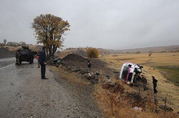 Bingöl'de trafik kazası: 23 yaralı