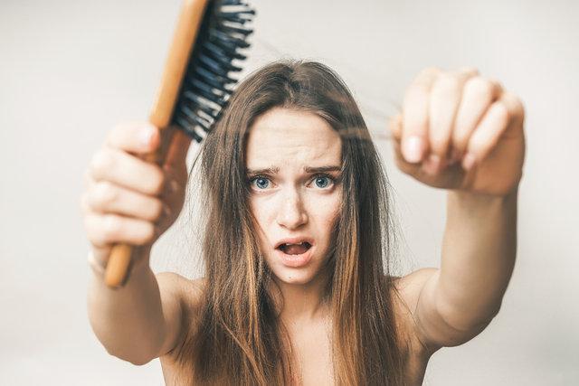 Saç dökülmesini engellemenin yolları 84