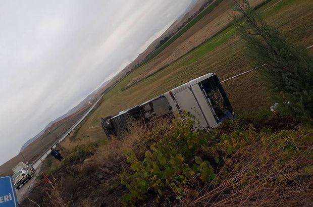 Beypazarı'nda işçi servisi devrildi: 28 yaralı